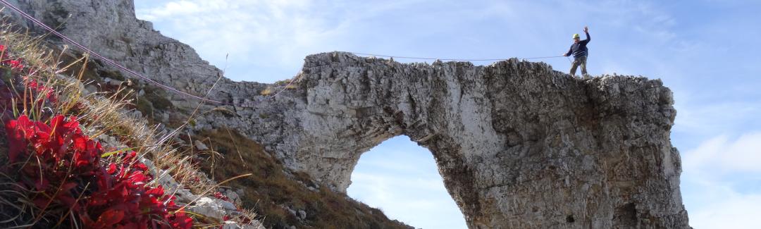 grenoble pierre percee mont aiguille
